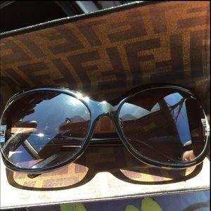 FENDI Sunglasses & Case Like New Condition
